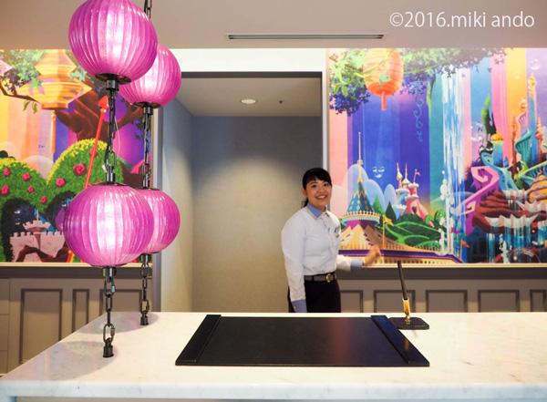 東京ディズニーセレブレーションホテル「ウィッシュ」フロント