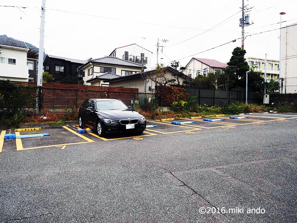 葉山一色の素敵寿司屋「吉兆」さん近隣の駐車場