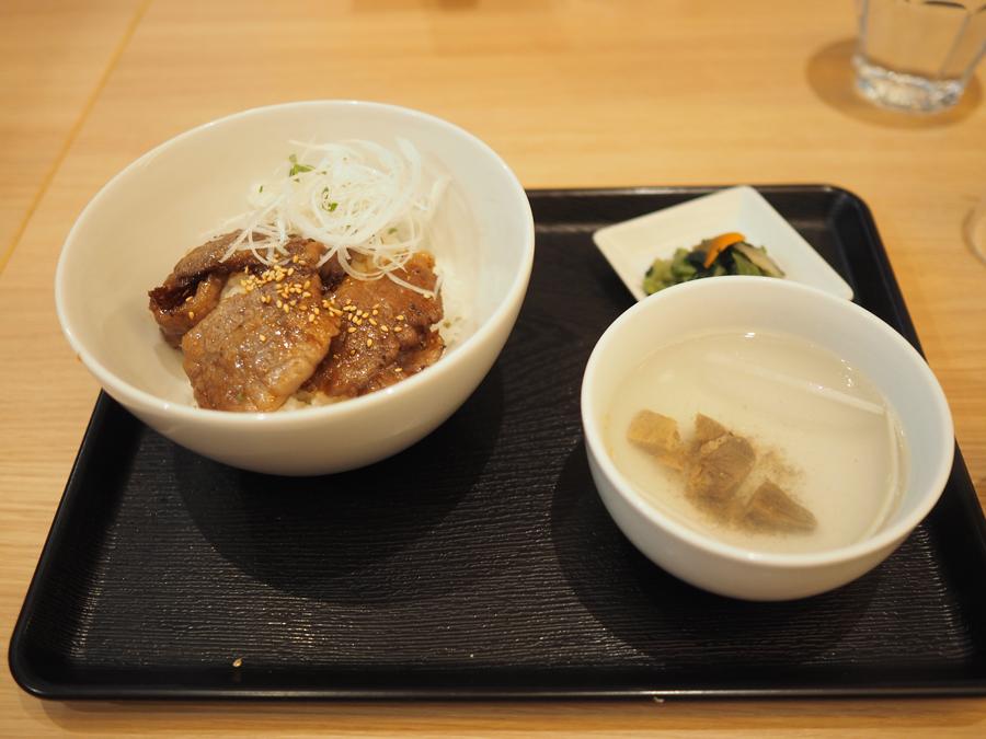 「東京カルビ」カルビ丼