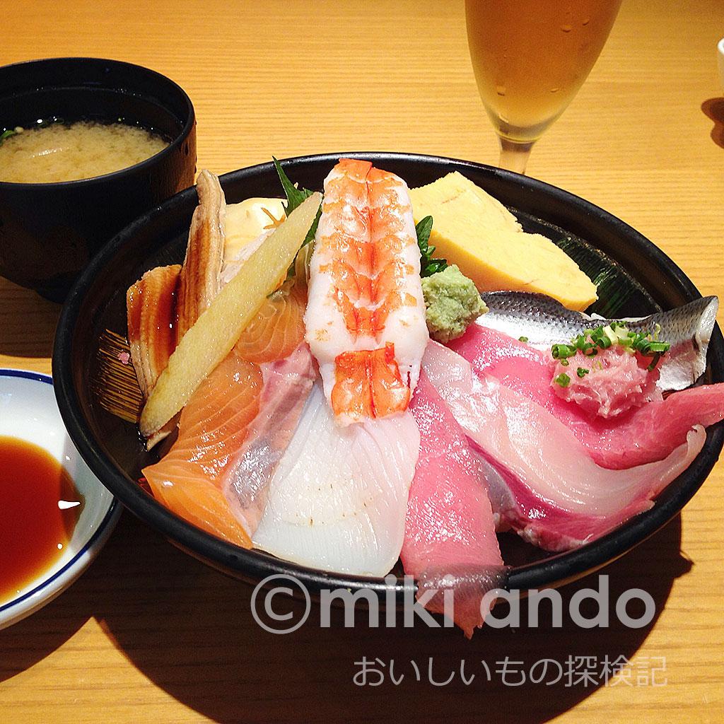 赤坂サカスで寿司ランチ!美登利寿司が超おトクで大人気