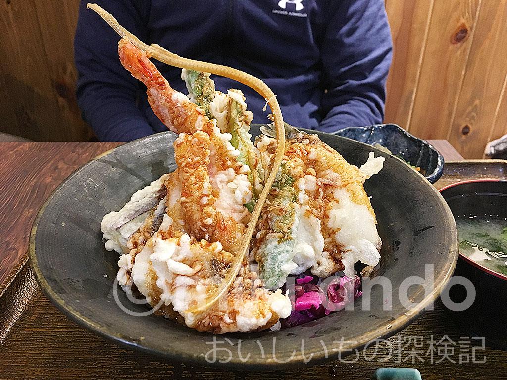 器からはみ出る豪華天丼!静岡「河童土器屋」でコスパ最強ランチ