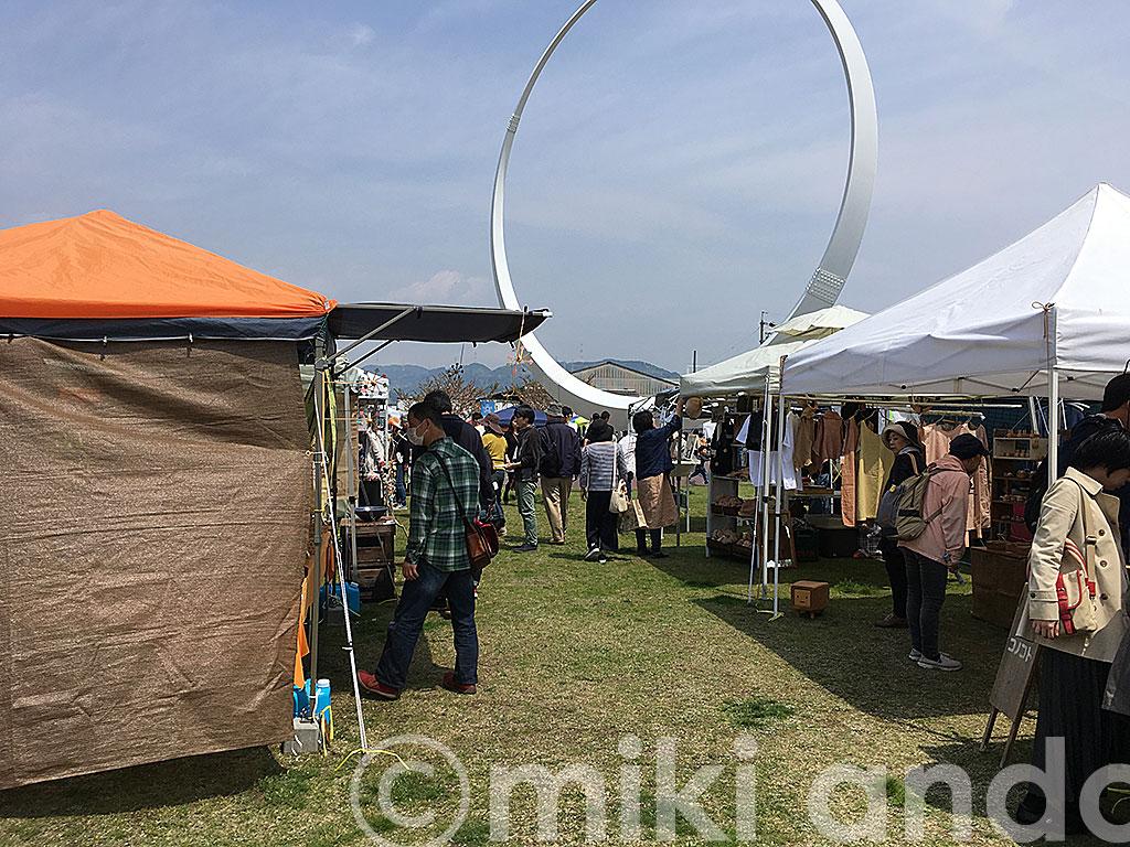 世界に1つだけが大集合!JR清水駅で開催「清水アート・クラフトフェア」