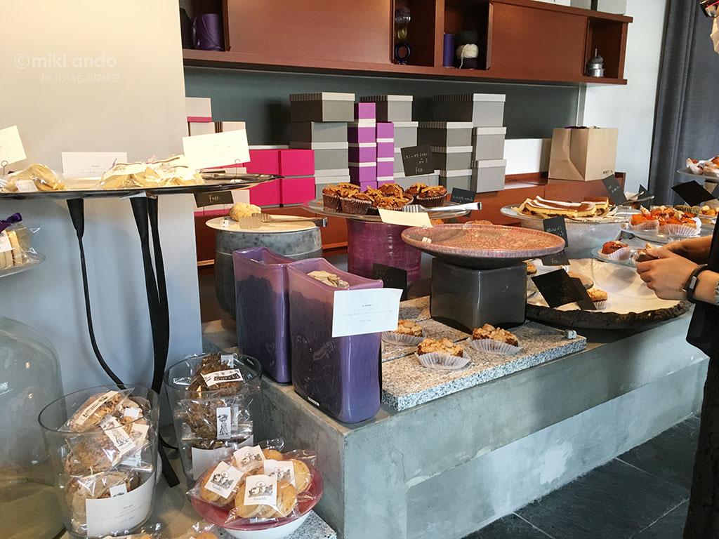 看板なし!静岡鷹匠エリアの隠れた人気店「ブルノーブル」でフランス焼き菓子を