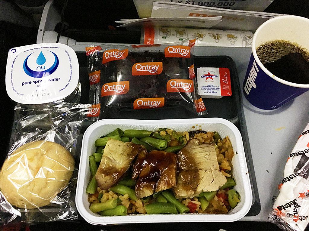 【国際線】ジェットスターの機内食はどんな感じ?
