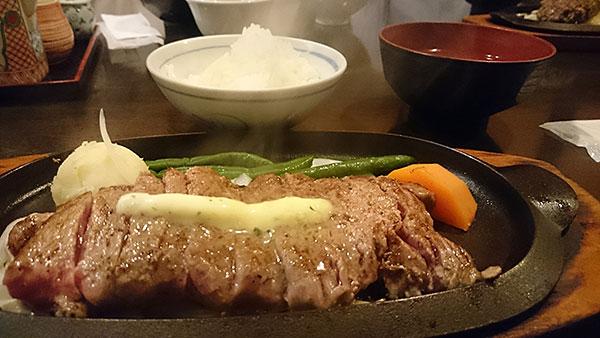 銀座で格安ステーキランチを食べるなら「牛庵」へ!