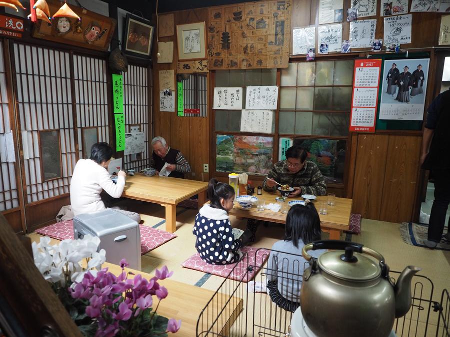 昭和の時代そのまま!別所温泉のレトロな大衆食堂「日野出食堂」