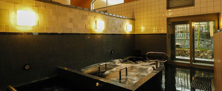 ここのお湯はすごい!2つの温泉が楽しめる「清水湯」